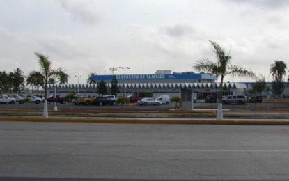 Ampliación de aeropuerto en suspenso por la pandemia