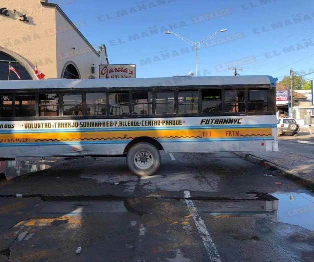 Siguen bloqueos en Matamoros; no hay transporte público
