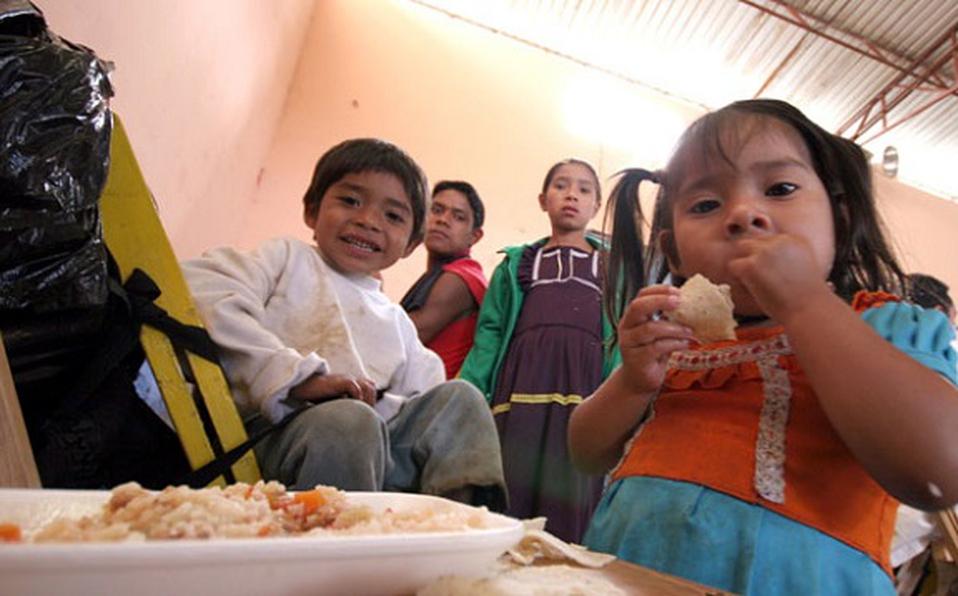 Tres mil familias en lista de espera para recibir despensas