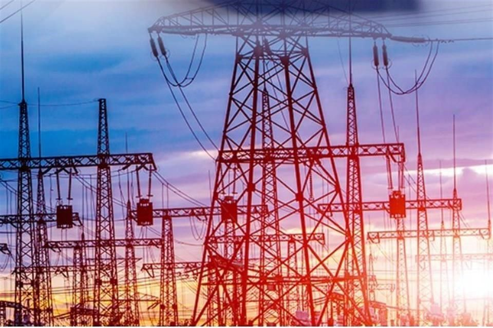 Empresas y personas físicas pueden ampararse por reforma eléctrica