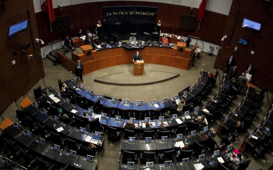 """""""No estamos aquí para obedecer""""; senadores de PAN y Morena debaten por reforma eléctrica"""
