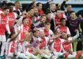 Ajax y Edson Álvarez conquistan título de la Eredivisie