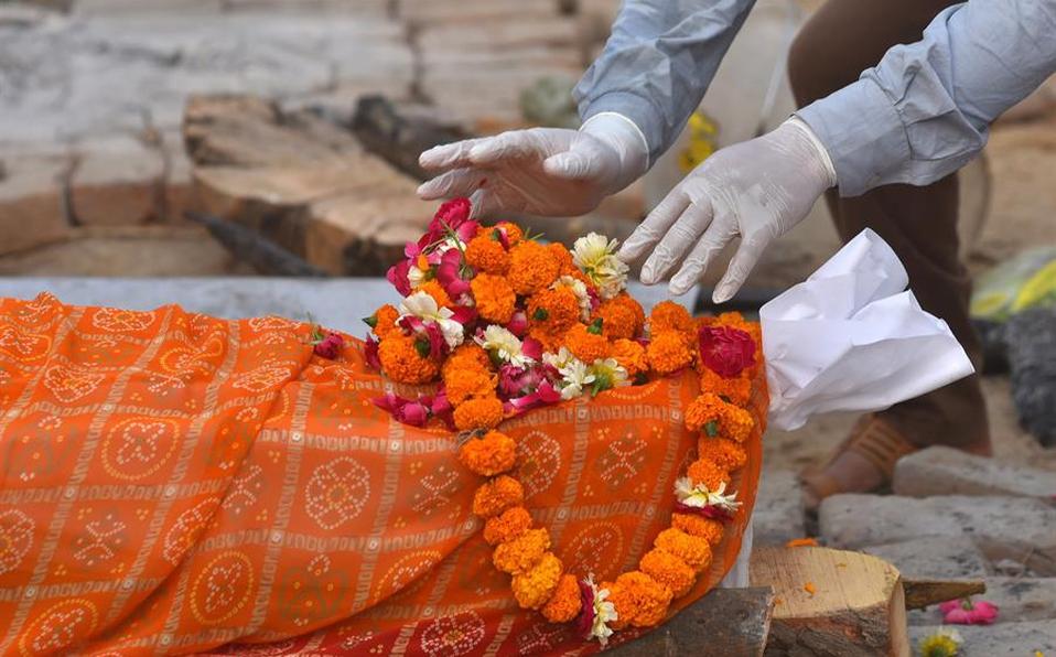 India registra nuevo récord de muertes por covid con 3 mil 680 en un día